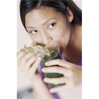 Туберкулезом называется хроническое инфекционное заболевание. Симптомы: первичное поражение организма, как правило, имеет место в детском возрасте и Фото 1