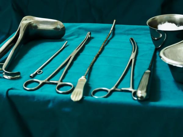 инструменты для операции